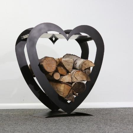 Holzstapler aus Metall Motiv Herz für Kaminholz staplen